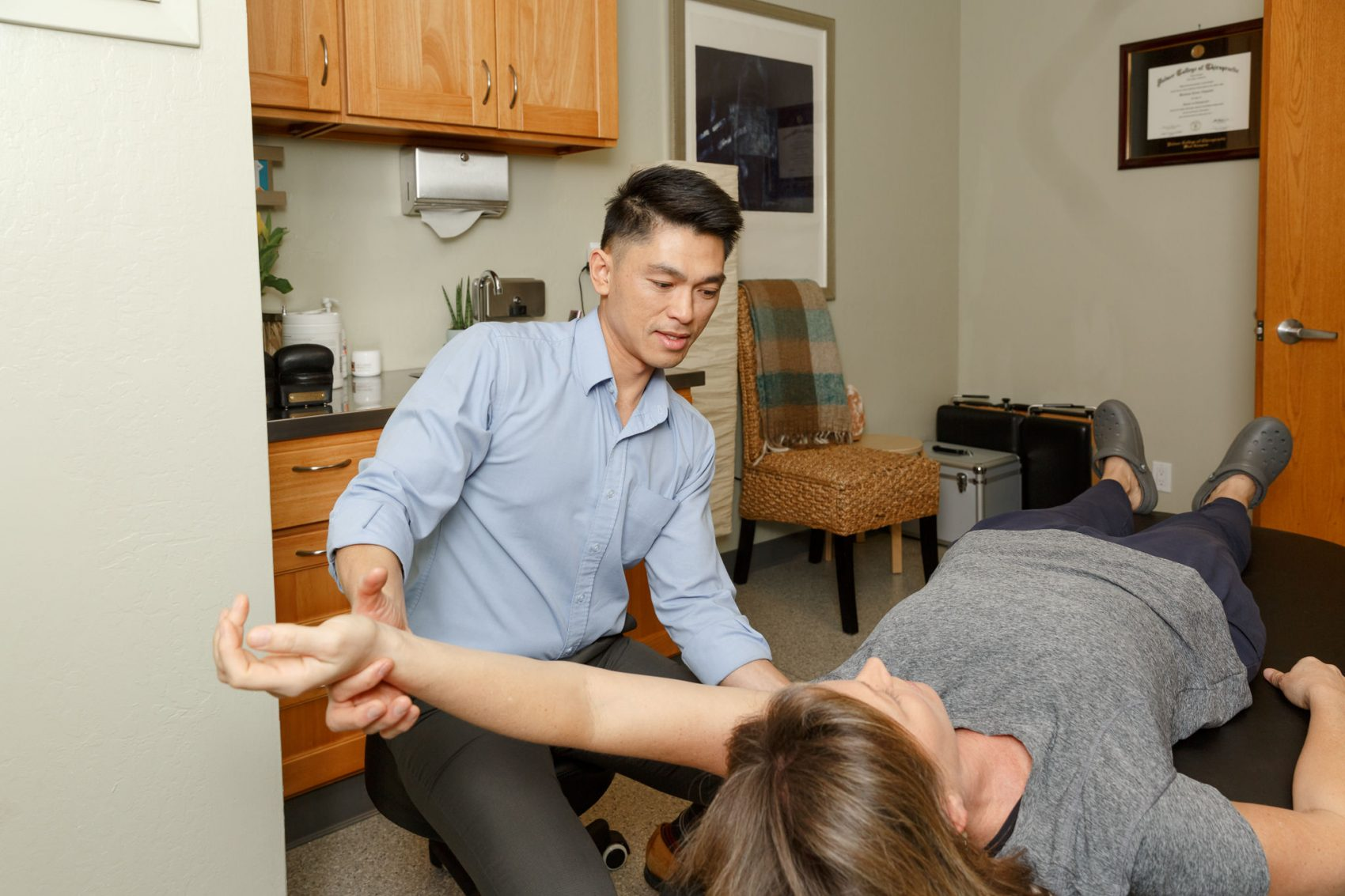 pain extremity chiropractic acre